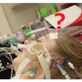 「ワクチンのせいで28歳のサラさんは脳卒中になり亡くなった」はデマ